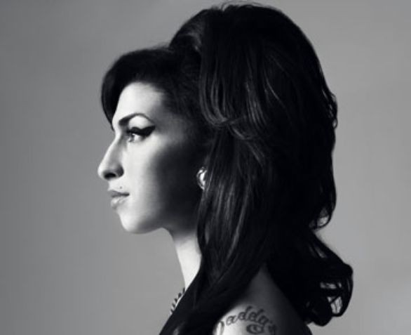 Quando l'ombra nasconde un'intensa luce: Amy Winehouse